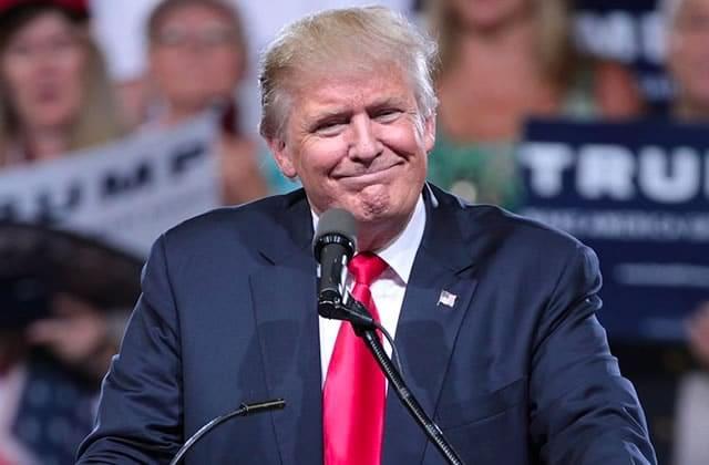 Donald Trump devient le 45ème Président des États-Unis (ceci n'est pas un canular)