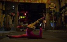 Envolez-vous avec les acrobates du clip «Die in Shanghai», de Las Aves