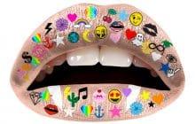 Les tatouages éphémères pour lèvres te renvoient dans les années2000