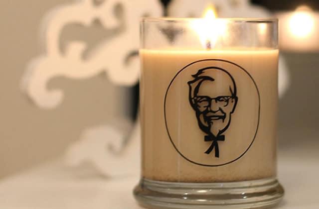 Une bougie qui refoule le poulet frit, l'idée cadeau pourrie signée KFC