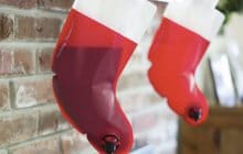La flasque en forme de chaussette de Noël — le WTF festif