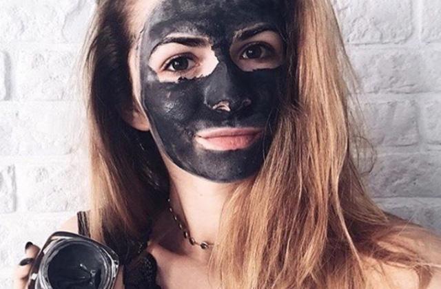 Le charbon, l'ingrédient beauté qui va vous purifier en profondeur