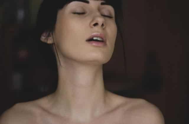 Le guide ultime de la masturbation féminine, pour (se faire) kiffer efficacement