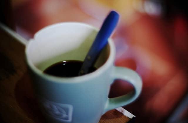 Comment aider les femmes réfugiées avec… du marc de café!