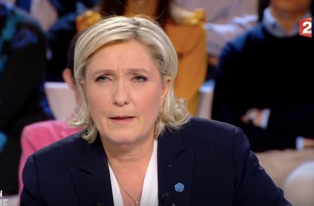 Marine Le Pen, une femme politique qui fait mauvais genre