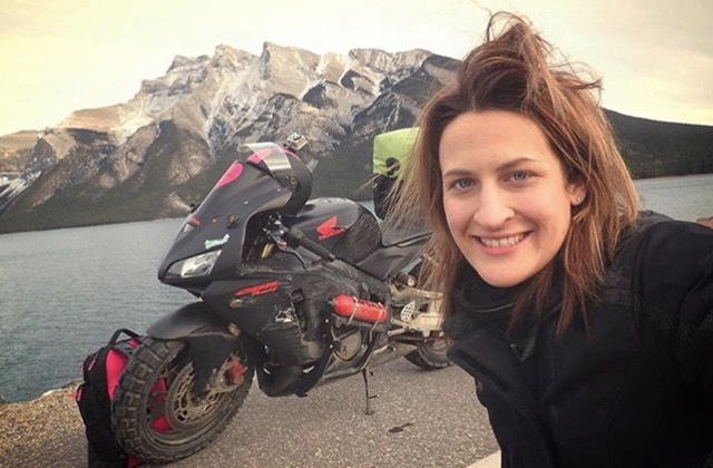 «Voyager à moto c'est un truc de mec», selon l'ex fraîchement célibataire de cette voyageuse à moto