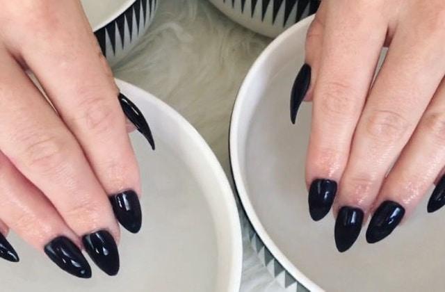 Les ongles qui changent de couleur comme par magie