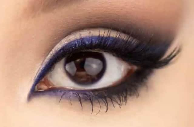 Comment maquiller des yeux marron pour les mettre en valeur?