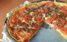 Recette de la tarte aux tomates de mon enfance (attention: orgie de fromage)