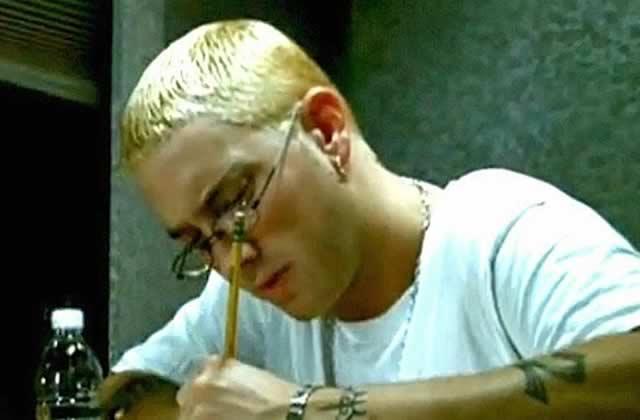 Une chanson d'Eminem fait son entrée dans le dictionnaire, mais que signifie-t-elle?