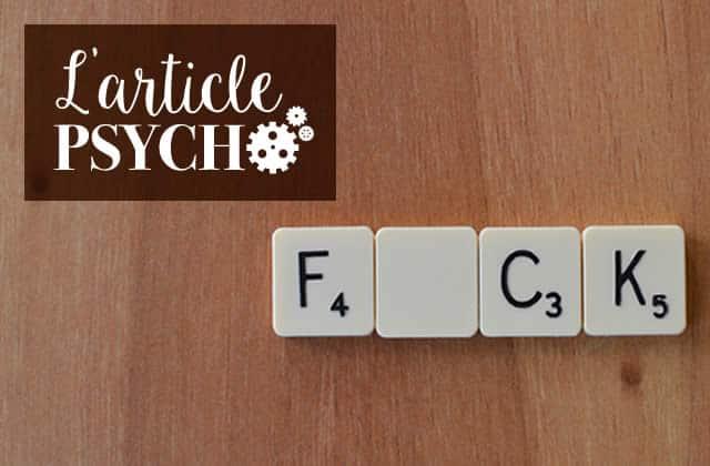 «PUTAIN DE TABLE BASSE DE MERDE»: les gros mots aident-ils à soulager la douleur?