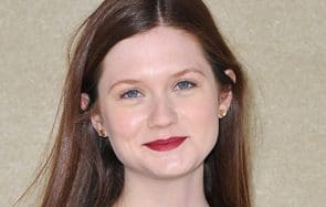 Bonnie Wright (Ginny Weasley) partage sa routine beauté
