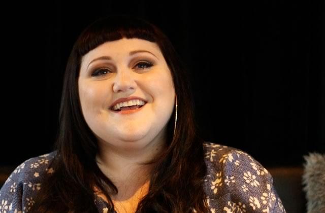 Beth Ditto, meilleure personne de l'univers, nous parle musique et paillettes!