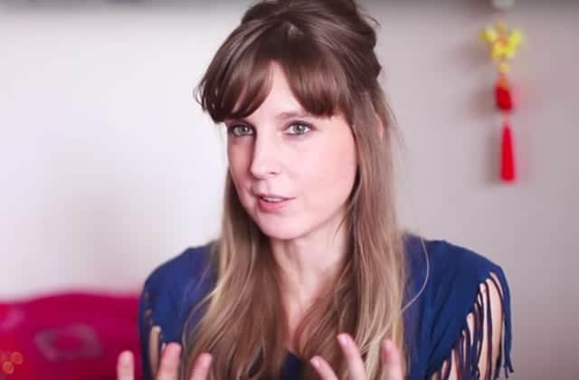 Dans «Cher corps», Julie raconte: «pour les autres, quand t'es mince, tout va bien»