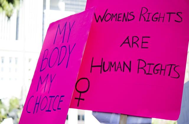 En Irlande du Nord, un tout petit pas en avant pour l'accès à l'avortement