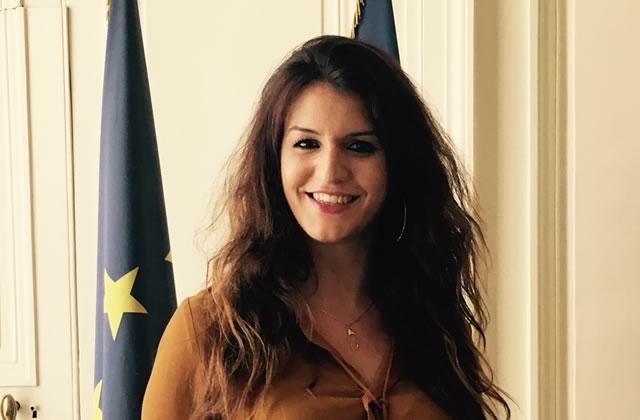 Marlène Schiappa écrit (peut-être) des bouquins érotiques, et ça ne fait pas d'elle une femme politique incompétente