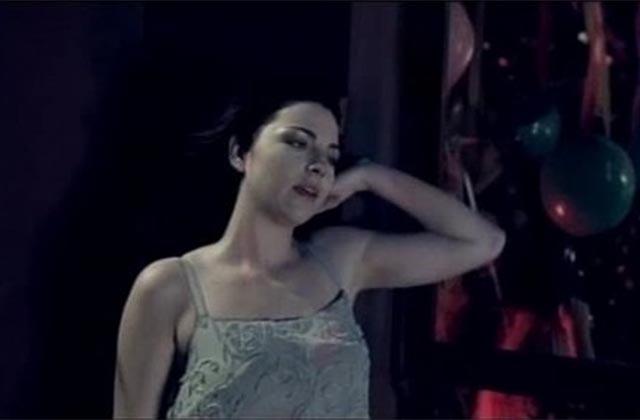 Dégaine ton khôl : Evanescence a sorti une nouvelle version de Bring Me To Life!