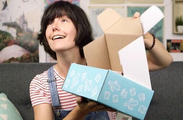 Elise découvre avec toi la box GIRL POWER d'août !