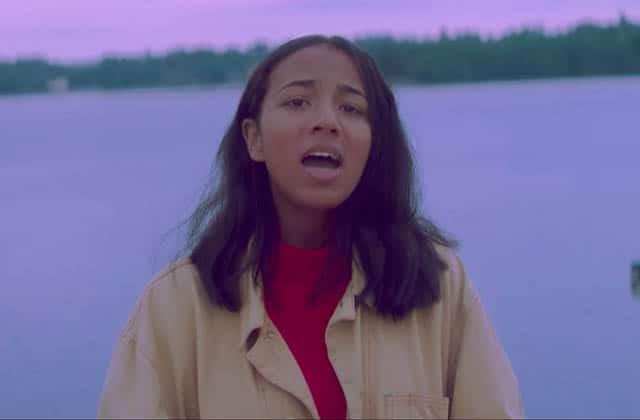 Tant de douceur dans le premier clip d'Anna Leone, «My Soul I»!