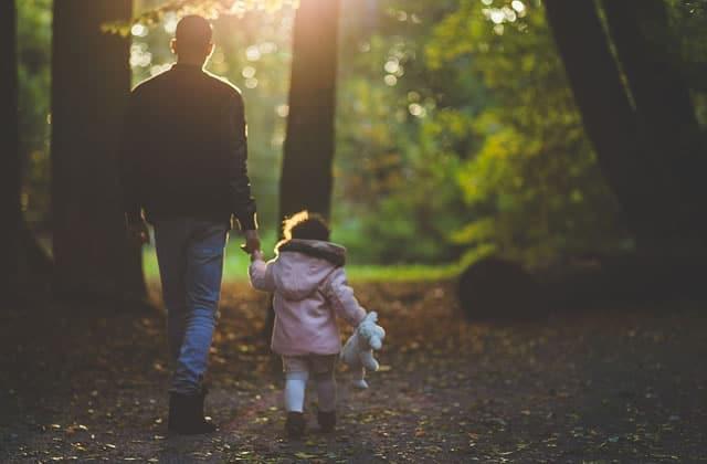 Les « règles du père à qui veut sortir avec ma fille», version féministe!