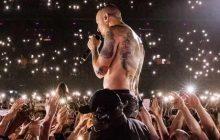 La chanson de Linkin Park en hommage à Chester Bennington, Looking For An Answer