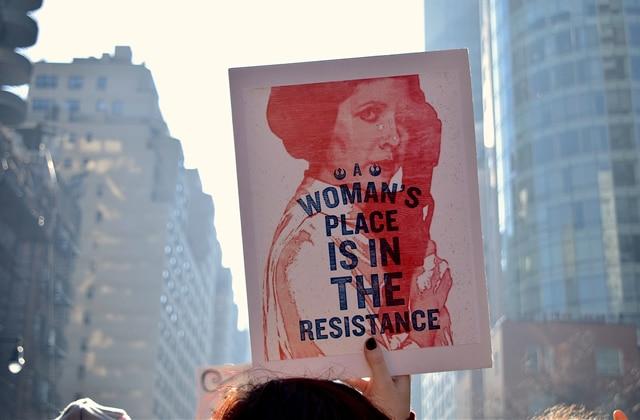 IVG, contraception: les droits sexuels et reproductifs des femmes reculent en Europe