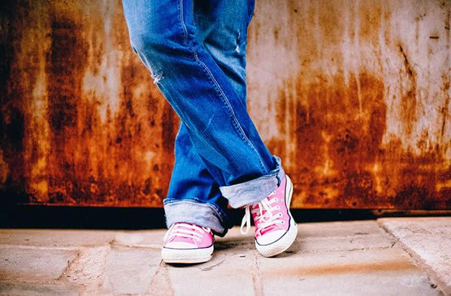 Comment bien choisir sa taille de jean sur Internet?