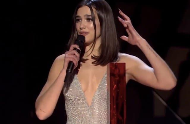 Dua Lipa remercie les artistes féminines passées avant elle aux Brit Awards