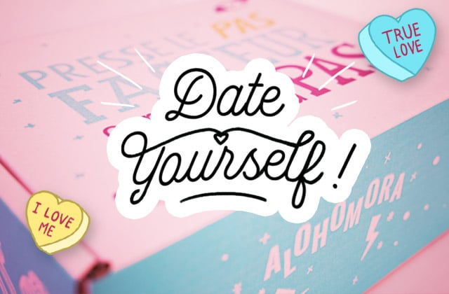 Découvre le contenu de la box madmoiZelle «Date Yourself» en gifs animés !