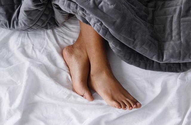 La couverture lestée pour mieux dormir, comment ça marche?