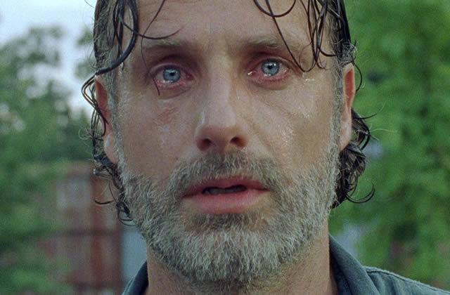 Les larmes aux yeux, Andrew Lincoln (Rick) fait ses adieux à The Walking Dead
