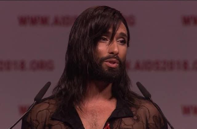 Conchita Wurst ouvre une conférence sur le SIDA avec un discours puissant