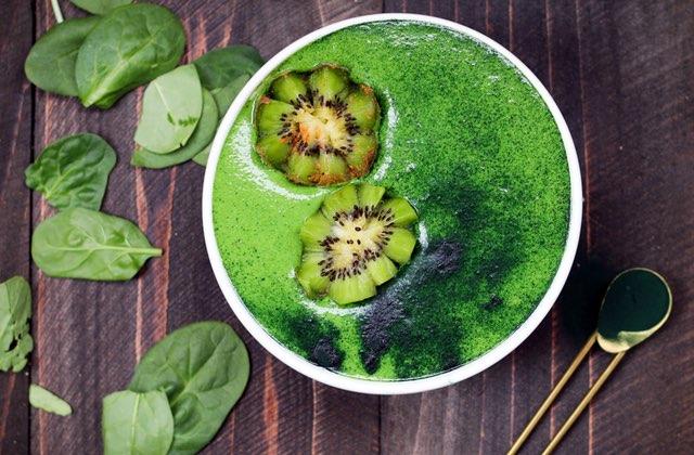 3 recettes de smoothies verts pour prendre ta dose de chlorophylle