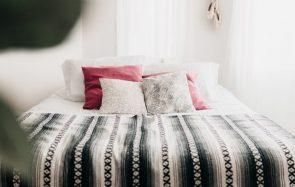 Comment avoir un lit d'hôtel dans ta chambre de bonne ?