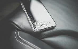 Top 3 des façons con de casser son téléphone (testées & approuvées)