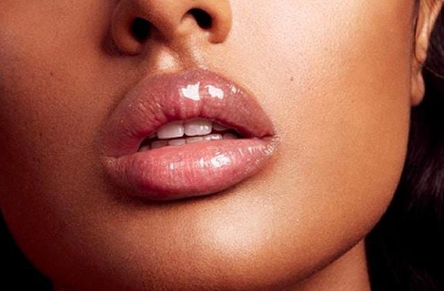 Le nouveau Gloss Bomb de Fenty Beauty habille tes lèvres de lumière