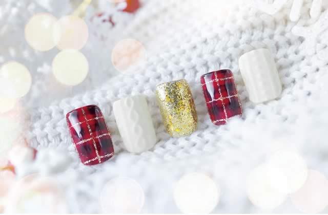 8 manucures de Noël pour t'ambiancer jusqu'au bout des ongles