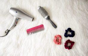 Quel type de brosse à cheveux démêlera le mieux ta crinière?