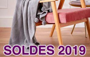 Neuf objets déco cosy et soldés pour réchauffer ton appartement
