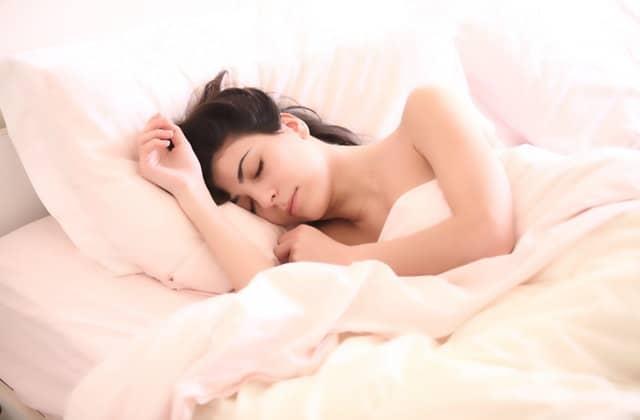 Ces 7 objets peuvent t'aider à mieux dormir!