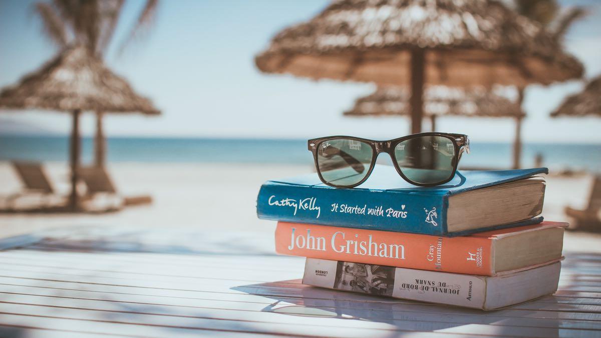 Et si tu profitais des vacances d'été pour faire des découvertes littéraires ?