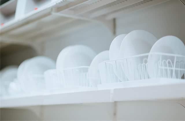 Et si tu faisais cuire tes aliments… dans ton lave-vaisselle ?
