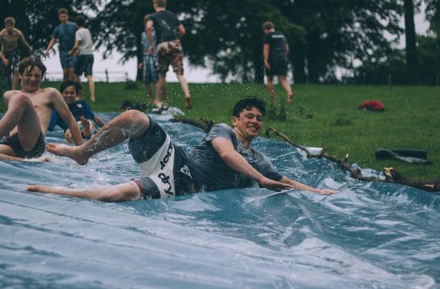 Vie de boloss en vacances : le ventriglisse aura ma mort
