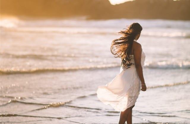 Comment faire de belles photos sur la plage (pour Instagram, soyons honnêtes) ?