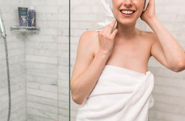 Vaut-il mieux se doucher le matin ou le soir ?