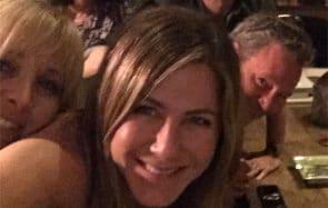 Jennifer Aniston casse Internet en réunissant la bande de Friends