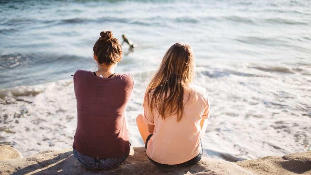 3 histoires d'amitié à distance et des conseils pour les entretenir