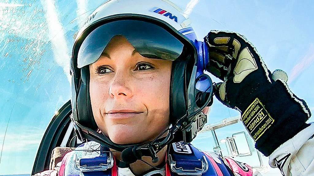 Comment passer de pompiste à championne de voltige aérienne ?
