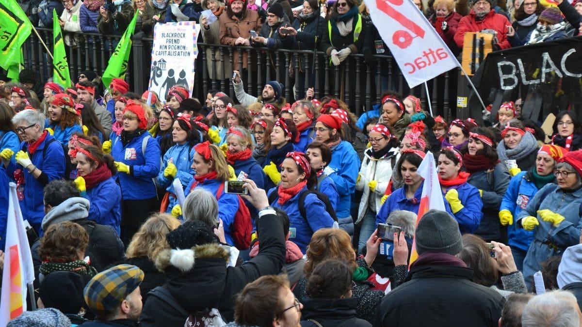 Pourquoi certaines féministes s'inquiètent de la réforme des retraites ?