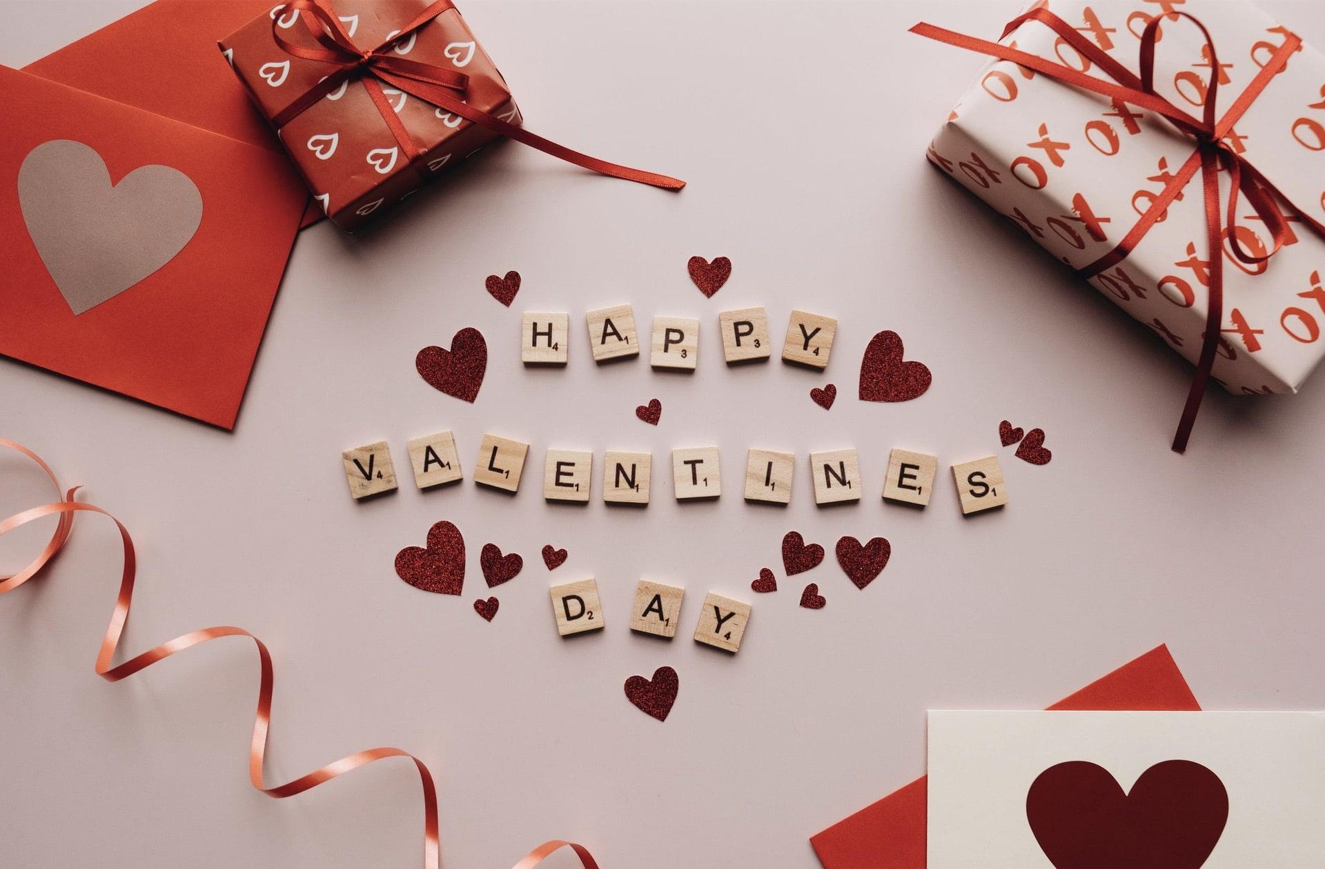 14 idées de cadeaux à offrir à votre meuf pour la Saint Valentin